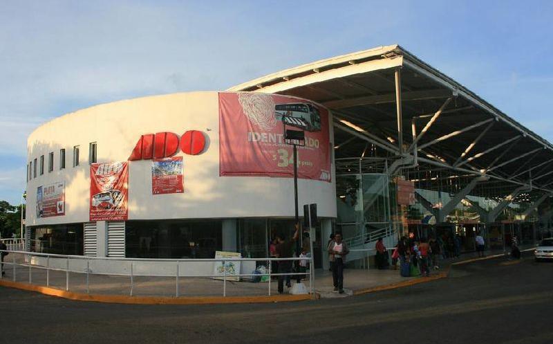 「ADOバスターミナル カンクン」の画像検索結果