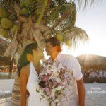 メキシコ人と国際結婚して9年目。カンクンでビーチウェディングした思い出とか…
